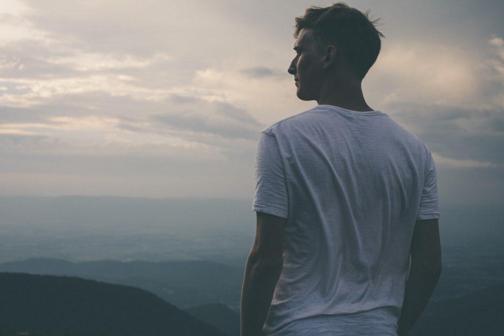 What Happens When We Seek God_man looking at sky